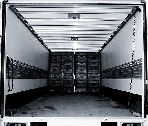 Lorry by David Bakker via Creative Commons