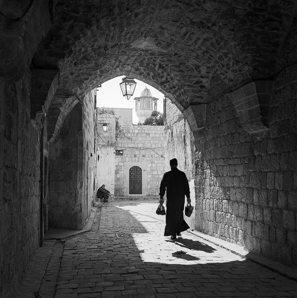 This image has an empty alt attribute; its file name is Kevin-Bubriski-Near-Bab-Qinnisrin-Aleppo-Syria-2003.jpg